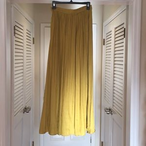 Anthropologie Akemi + Kin maxi, pleated gold skirt